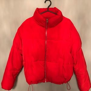 RED H&M PUFFER JACKET